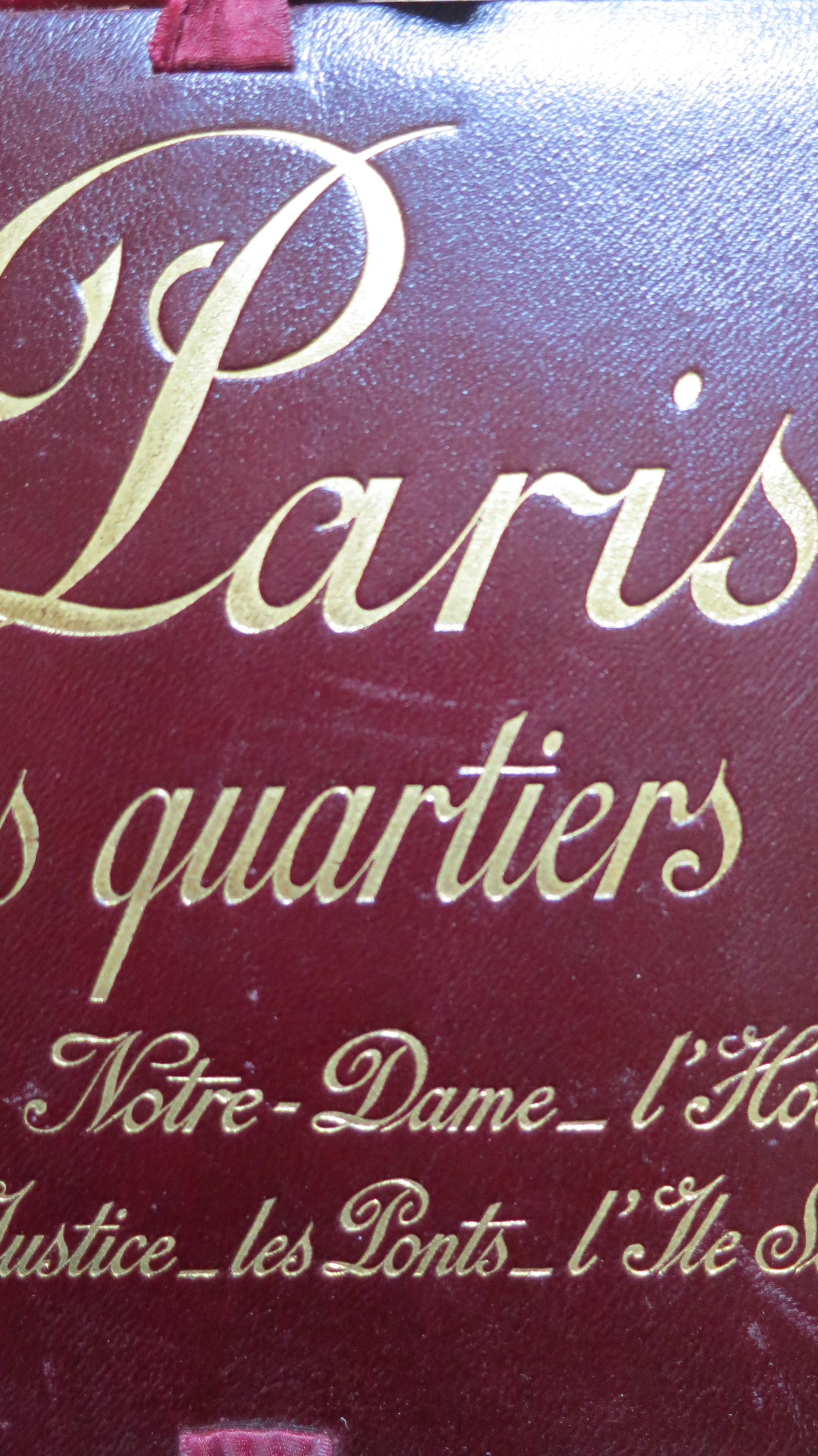 Paris les anciens quartiers La Cité : Notre-Dame L'Hostel-Dieu Le Palais de Justice Les Ponts