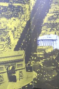 Champs-Elysées. Lumière de Paris. Publicis